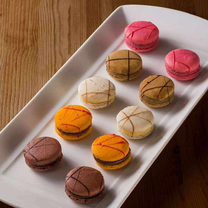 Assorted Macarons (5 Flavours)