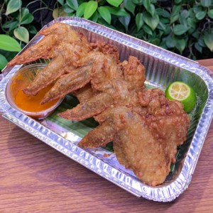 'Har Cheong Gai' Prawn Paste Marinated Chicken Wings (1/2 dozen)